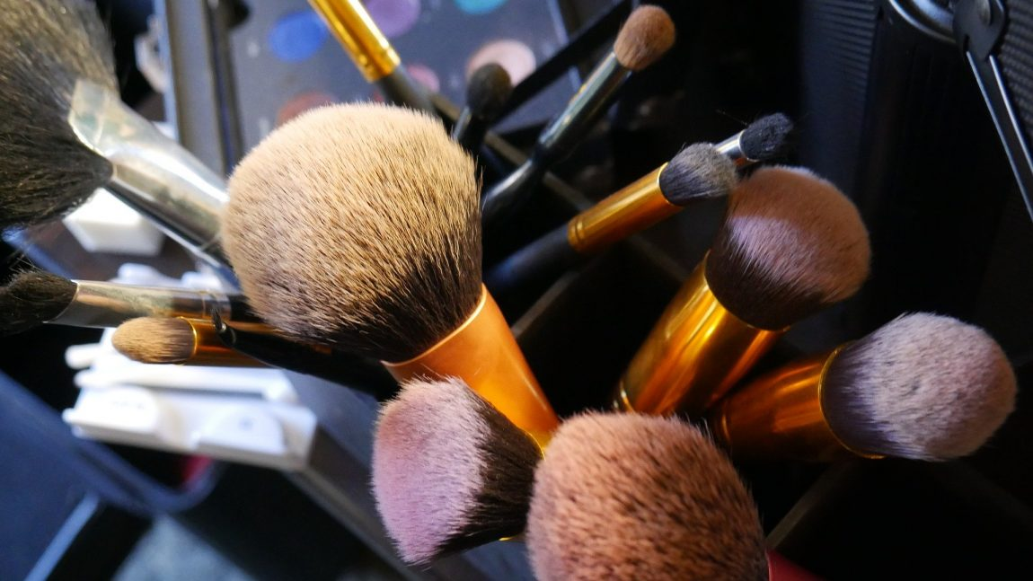 Professional Make-up & Styling